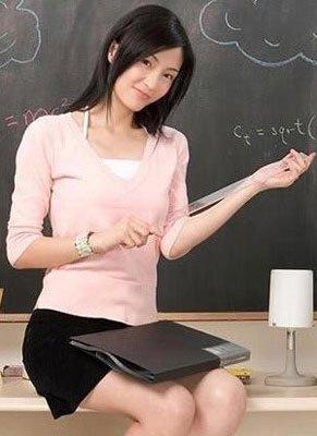艺校女教师图片来源:资料图