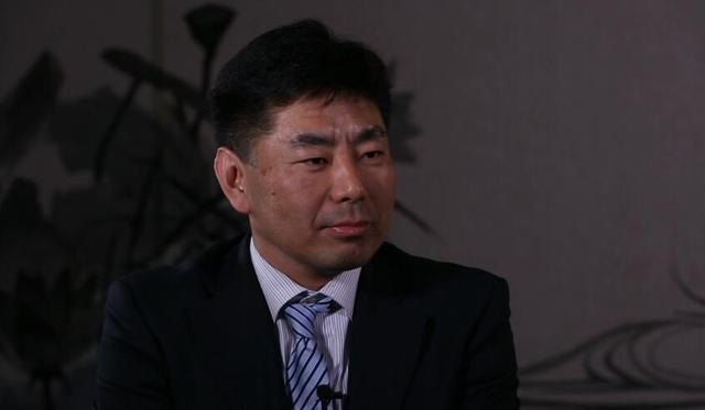 景山学校校长邱悦:迎接新的挑战 用爱点亮生命