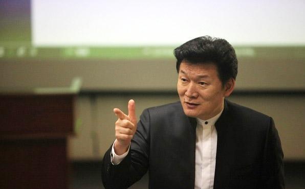 王旭明:从高考作文看中国语文教育的软弱现状