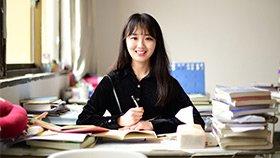95后女大学生有个江湖梦 两年写35万字仙侠小说