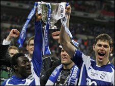 Birmingham City players celebrate winning the Carling Cup
