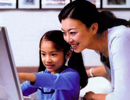网上家长学校帮助孩子度过一年级入学适应期