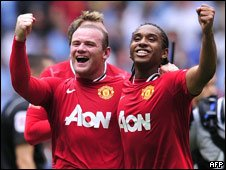Manchester United footballers Wayne Rooney and Nani
