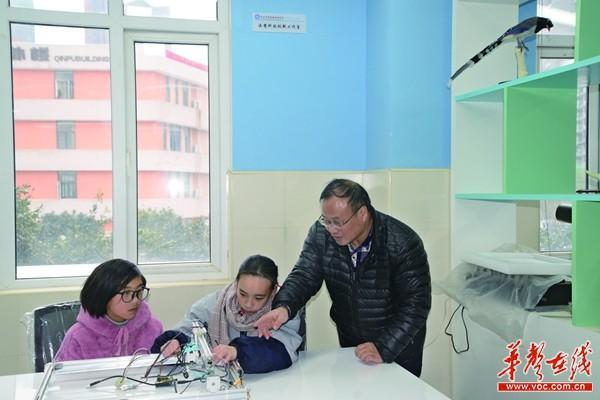 高三女生获28项科技创新奖,还申请了9项国家发明专利