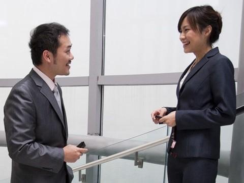 职场英语:6个技巧帮你快速提高英文交际能力