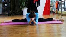 为考舞蹈研究生,她每天练到想哭