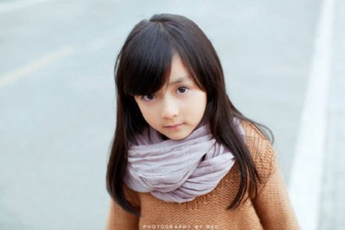 长沙5岁萝莉写真照网络疯传 闪闪惹人爱 组图