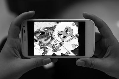 8岁暴力拍照4岁女生疑受女孩动画片v暴力_大粤男孩打伤马尾图片