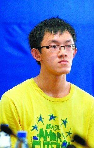 2011年北京高考最高分公布 理科697文科676