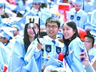 """美国高校日趋""""中国化"""" 留学生们真的高兴吗?"""