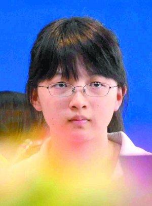2012年北京高考文理科状元全落人大附中