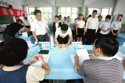 2017年国考面试本月扎堆举行 面试过程全程记录