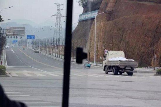 秘探龙凤生态城交房后现状,公交车司机咋还有话说?