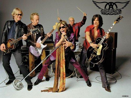 Aerosmith再现70年代经典 吉他手下月伤愈回归