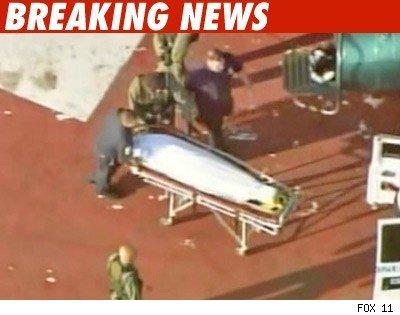 迈克尔-杰克逊遗体通过直升机运往验尸官办公处
