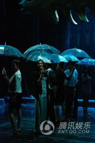午夜浓情吧 开演 现代感舞台带观众 入梦