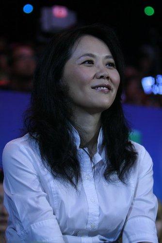 金牌大风代表黄伟菁