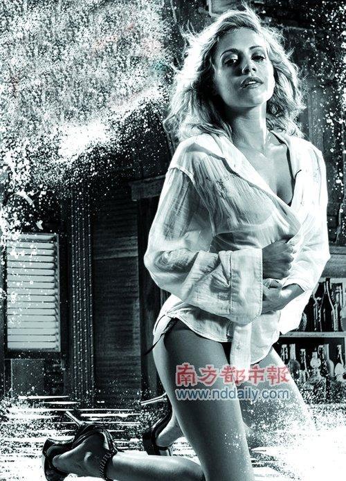 罪恶之城 32岁女星布兰妮 墨菲意外过世