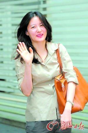 李英爱放寒假补蜜月 张东健与女友外游不结婚