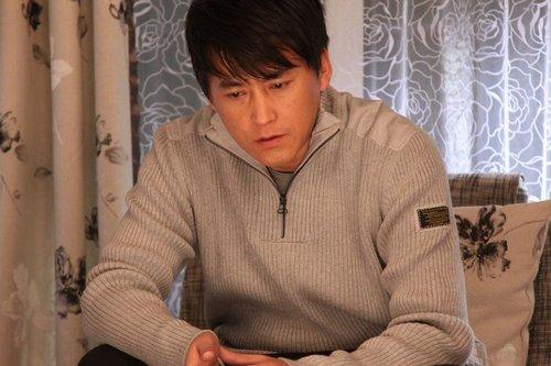李琳刘小锋领衔《查岗》 忙于新戏剧组里过新年