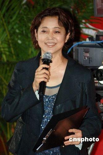 6月17日,中国广播电视协会电视剧导演工作委员会在北京举行成立仪式,汇聚中国两岸四地电视剧导演精英。 中新社发 李学仕 摄
