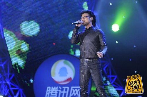 """汪峰专辑获奖大发感慨 """"音乐不是一个工具"""""""