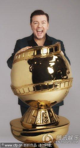金球奖首次设立主持人 谐星热维斯兴奋抱金球