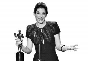 美国演员工会奖揭晓 布洛克向奥斯卡又迈进一步