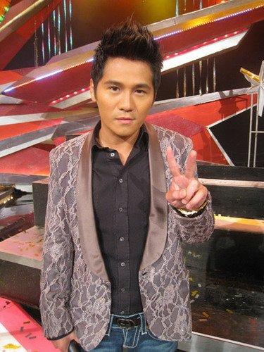 曹格愿守行为一辈子 2010转运有望香港再开个唱