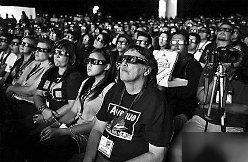 《阿凡达》强劲 国内首部票房过亿美元电影诞生