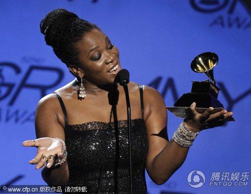 India Arie获得最佳城市音乐/另类音乐表演奖