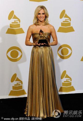凯莉·安德伍德获第52届格莱美最佳乡村合唱奖