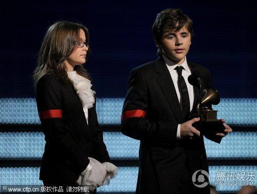 独家:格莱美颁奖很保守,致敬杰克逊很出色