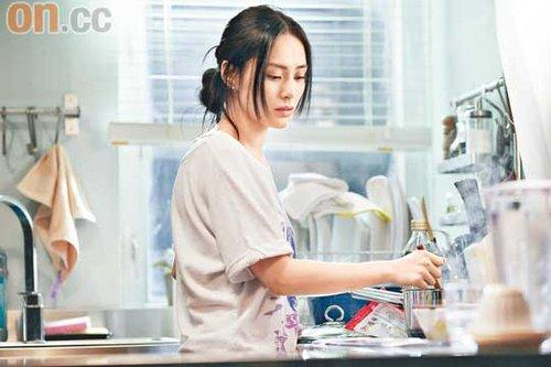张家辉背六奖智斗谢霆锋 老婆已预料打戏会受伤
