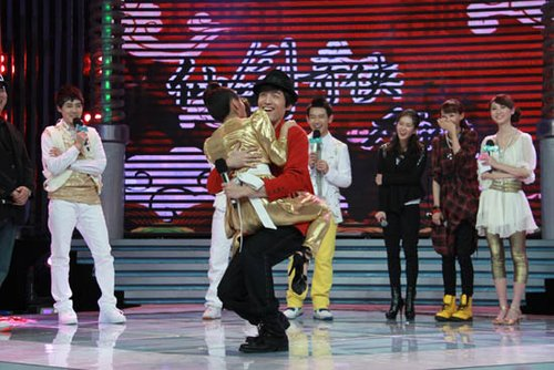 江苏卫视推出视觉盛宴 让你虎年春节幸福大点餐