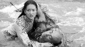 袁和平《苏乞儿》上映 观众:拍得老套打得过瘾