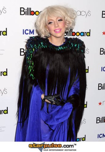 Lady Gaga自称与同行交流甚少 告白自己很害羞