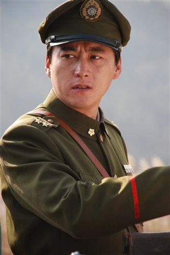 """《利剑》央视""""出鞘"""" 刘小锋韩雪挑战《潜伏》"""