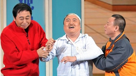 央视春晚评选揭晓 赵本山蝉联刘谦败给冯巩