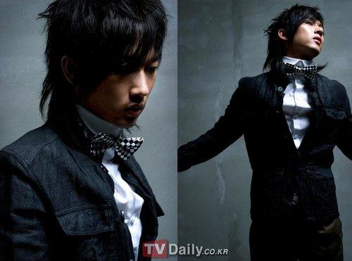 张佑赫携新曲复出韩国乐坛 引众粉丝高度关注