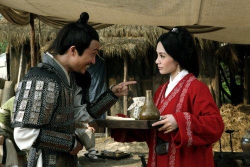 郑中基和阿娇在《越光宝盒》里