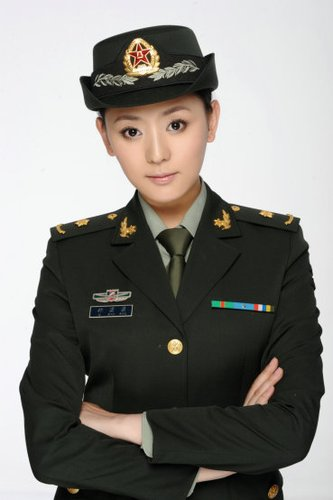 《中国远征军》开拍 祁潇潇再现远征军军医风采