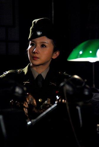 《内线》将登陆上海 孙菲菲钟汉良被赞最合拍