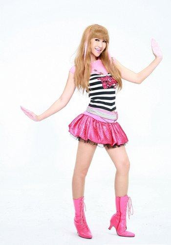 李玟又做华语乐坛第一人 化身芭比献唱主题歌