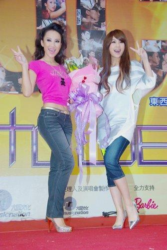 李玟台北签唱爆巡演看点 杨丞琳到场为师姐助阵