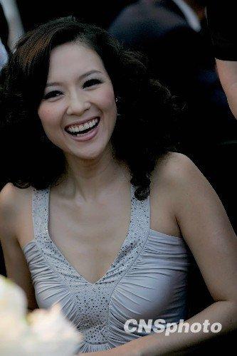 章子怡回应诈捐算日子 避开两会和政协委员没关系
