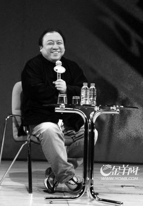 王晶现身北大讲坛 称华语片20年能超《阿凡达》