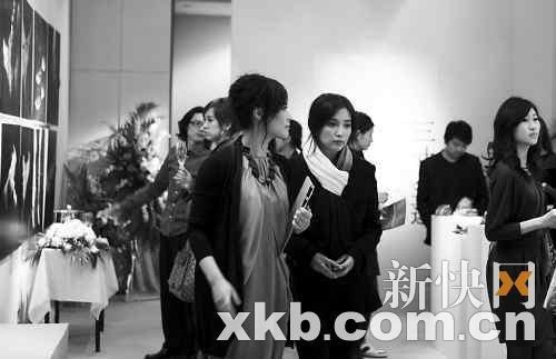 《雪花秘扇》新剧照曝光 邬君梅成全智贤姑姑