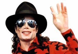杰克逊缔造音乐界新纪录 再签史上最牛唱片约