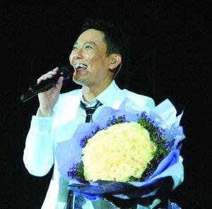 张信哲4月10日广州开唱 将唱粤语歌讨好歌迷